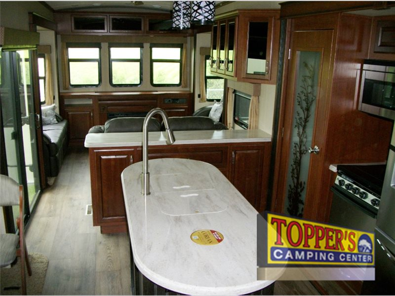 Evergreen RV Bay Hill Fifth Wheel Living Area