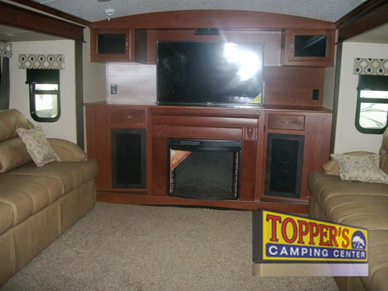 Evergreen RV Bay Hill 379FL Front Living Fifth Wheel Living Area