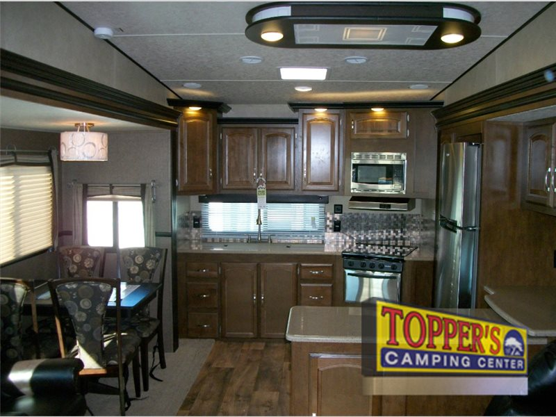 Forest River Wildwood Heritage Glen Fifth Wheel Rear Kitchen