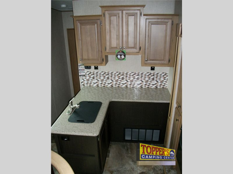 Crossroads Cruiser 362FL Fifth Wheel Kitchen Sink