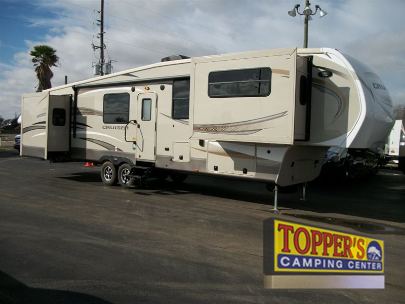 Crossroads Cruiser 362FL Fifth Wheel