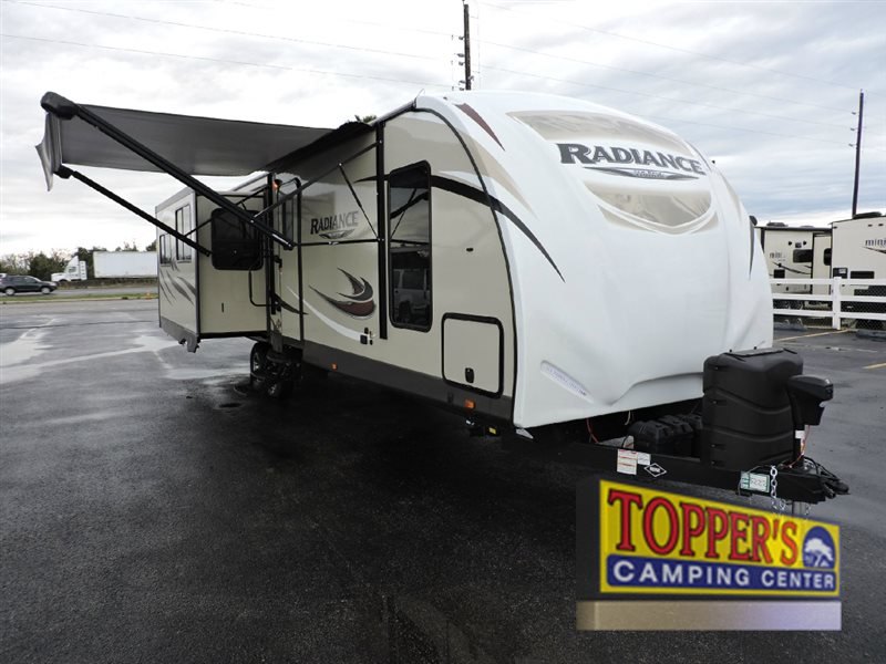 Cruiser Radiance 33RSTS Travel Trailer