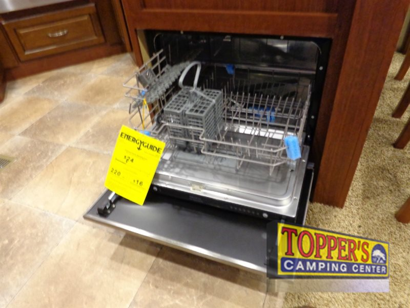 Evergreen RV Bay Hill 340RK Fifth Wheel dishwasher