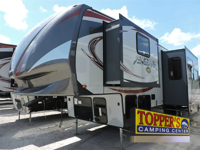 Forest River Vengeance Fifth Wheel Toy Hauler Super Sport