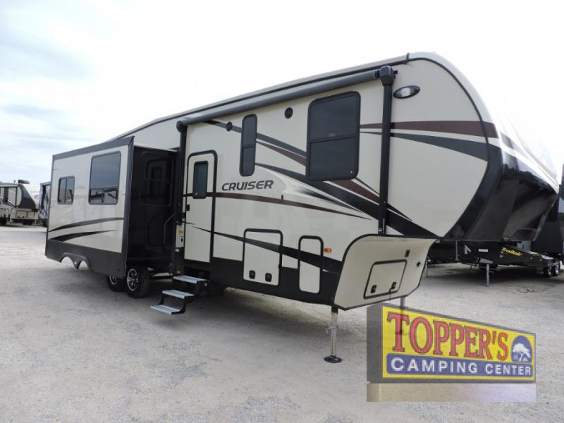 CrossRoads Cruiser 3351BH Fifth Wheel