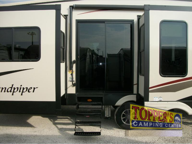 Forest River Sandpiper 389RD Fifth Wheel Sliding door