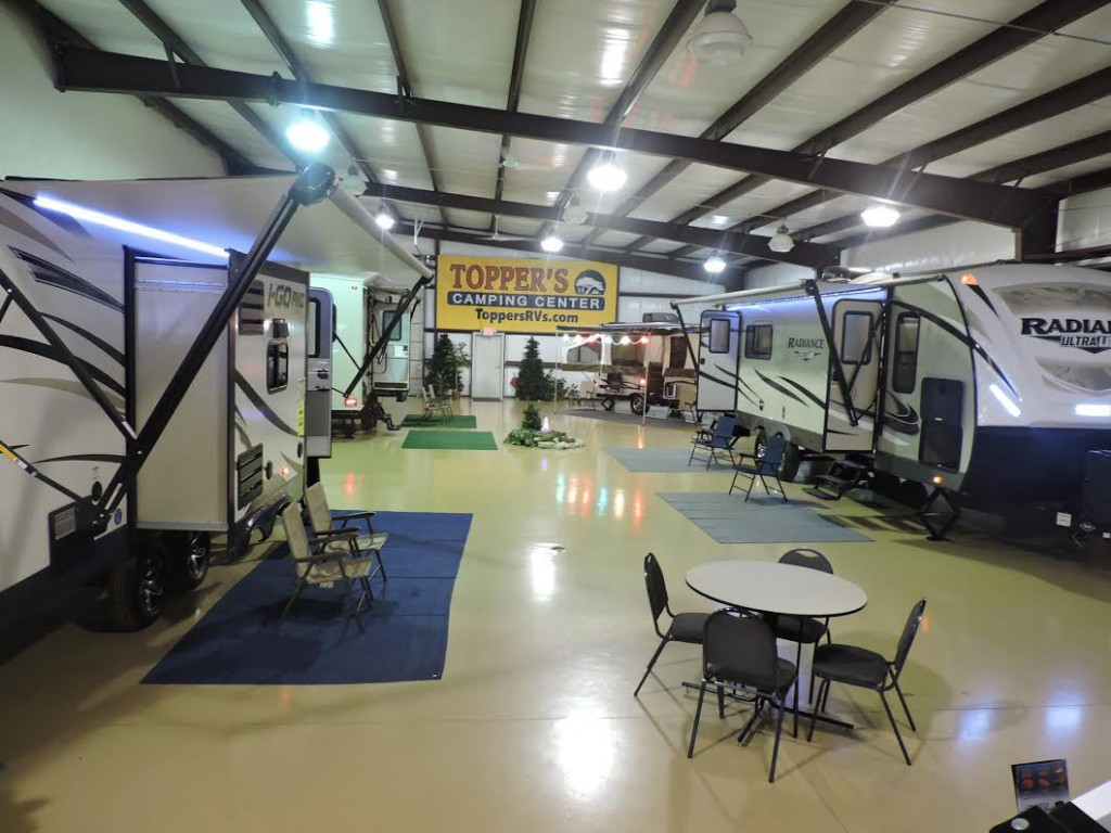 toppers rvs showroom