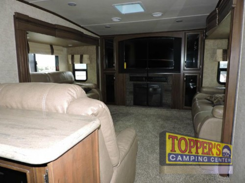 Sandpiper 377FLIK Fifth Wheel Living Room