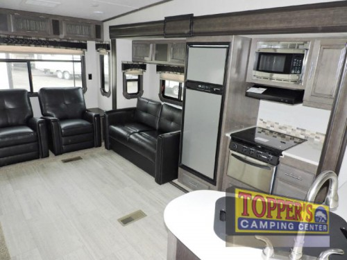 Cruiser Aire 28RL Fifth Wheel Kitchen