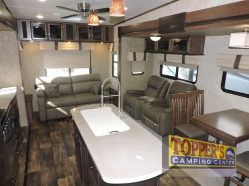 Sandpiper HT Fifth Wheel Interior