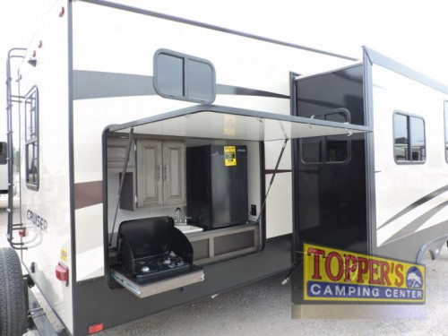 Crossroads Cruiser CR3351BH Fifth Wheel Exterior Kitchen