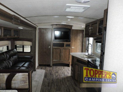 Cruiser Radiance 30DS Ultra Lite Travel Trailer Interior