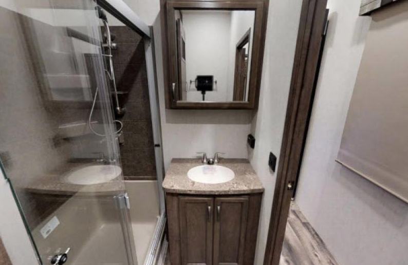 bathroom in sandpiper