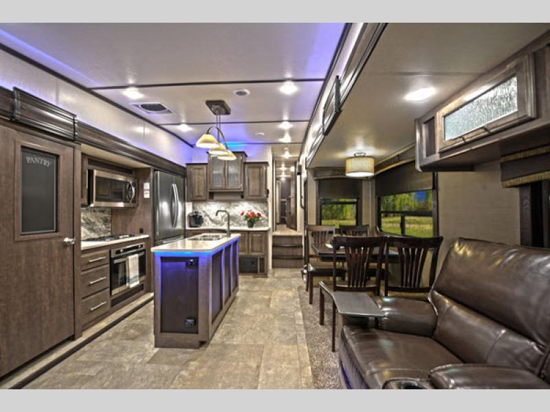 CrossRoads RV Cruiser Fifth Wheel kitchen