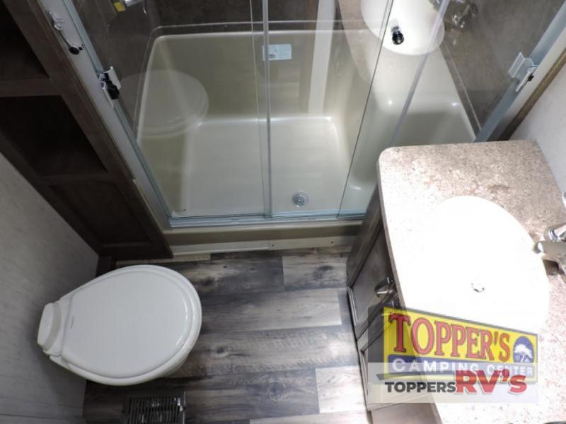 Sandpiper 377FLIK Fifth Wheel bathroom